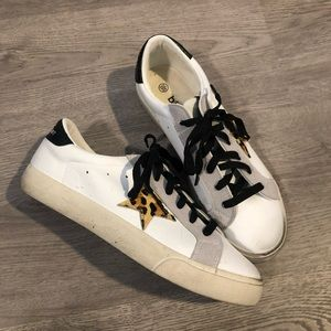 Shoes - Golden Goose Dupe Sneakers